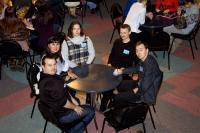 Команда за столом