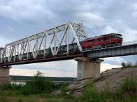 Поез по мосту через Усу