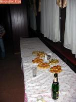 Фуршетный стол (в конце)